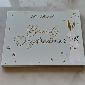 Too faced beauty daydreamer palette